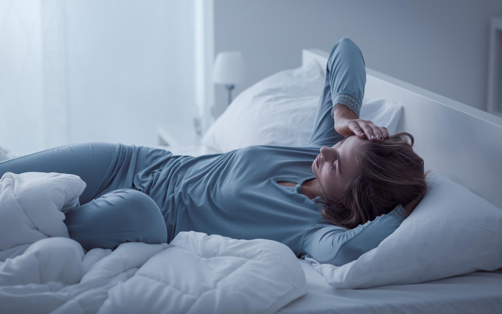Wenn Müdigkeit zur Krankheit wird: Ursachen, Diagnose und Hilfsmittel