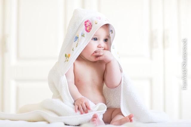 Baby-Bad und Hautpflege